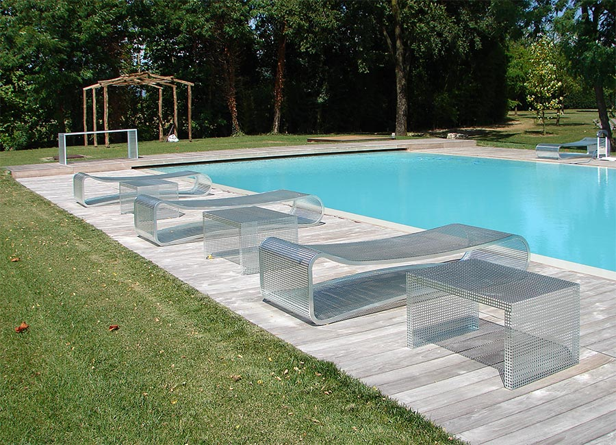 Arredamento per piscina in acciaio zincato