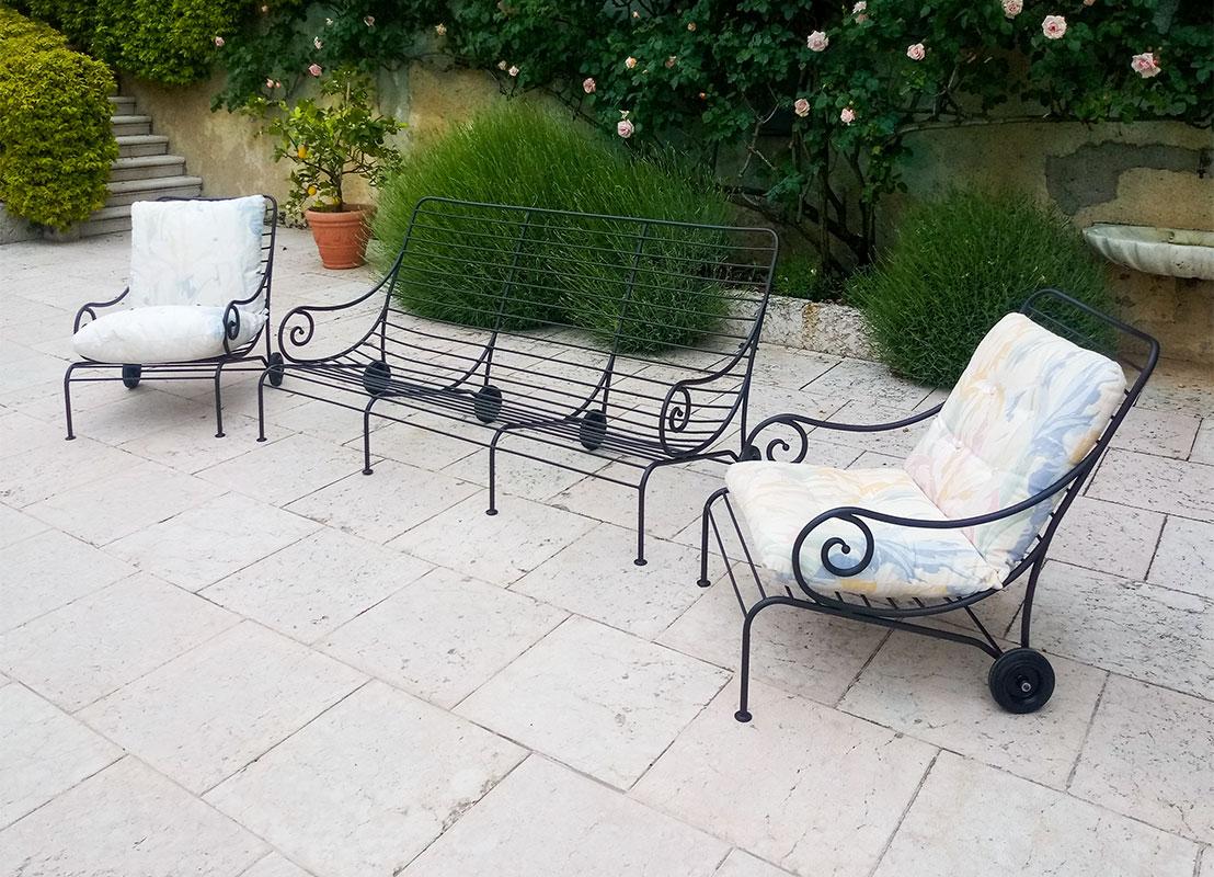 Poltrone e divano in ferro battuto